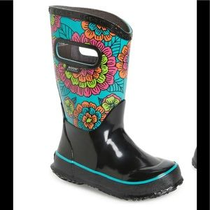 Bogs K PR Pansies Floral Waterproof boots size 1